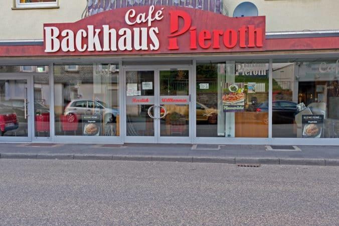 Backhaus Pieroth/Café